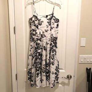 WHBM Black and White Floral Print Dress